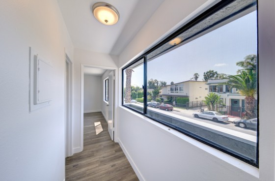 Brand New! Pristine unit in the heart of Hollywood with Parking & New Appliances