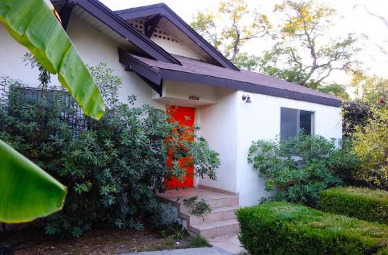 Front House w/Yard in Prime Los Feliz | 2 Tandem Parkings