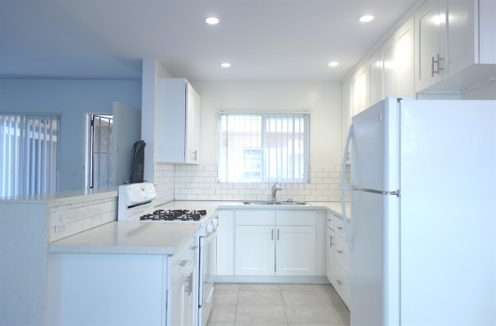 Fantastic Culver City Location. Large and Newly Remodeled Unit with Parking
