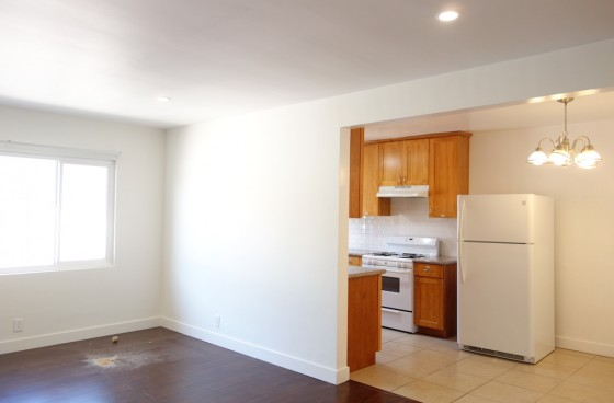 Remodeled Top Level Home Close to Culver City