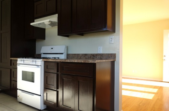 Immaculate Unit on a Cul-de-Sac with Great Downtown Views | Parking for $1pm