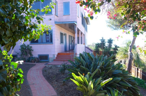 One-of-a-kind Studio with/Patio Use right next to Elysian Park
