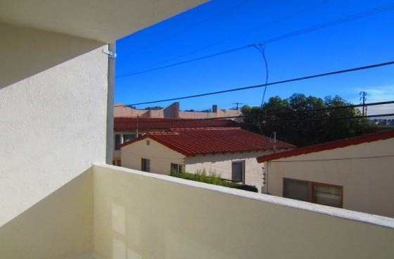 Airy & Bright Modern Unit w/Balcony, Newer Appliances & Parking | Great Location