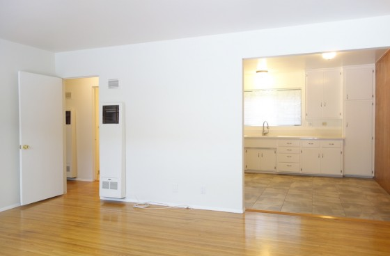 Spacious & Sweet Eagle Rock Unit w/1-car Carport Parking & AC | Awesome Location